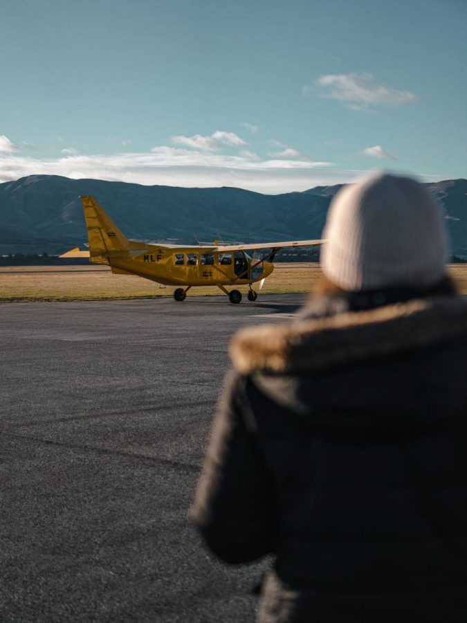 wanaka scenic flight at wanaka airport with southern alps air